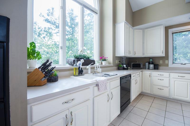 Decorar cocina blanca