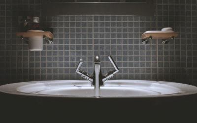 ¿Cómo escoger azulejos para el baño?